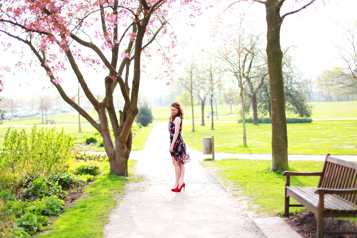 kersenbloesem, roze bloesem, bloesem boom, fashion blogger, mode blogger, Without Elephants, outfit foto's, Sina Buscher, Céline