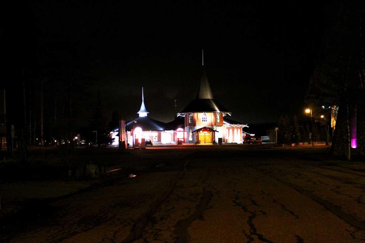 santa claus holiday village, kerstman ontmoeten, waar woont de kerstman