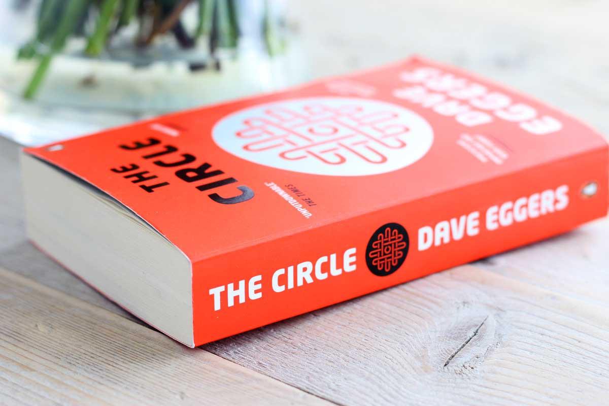 de cirkel dave eggers review, the circle review