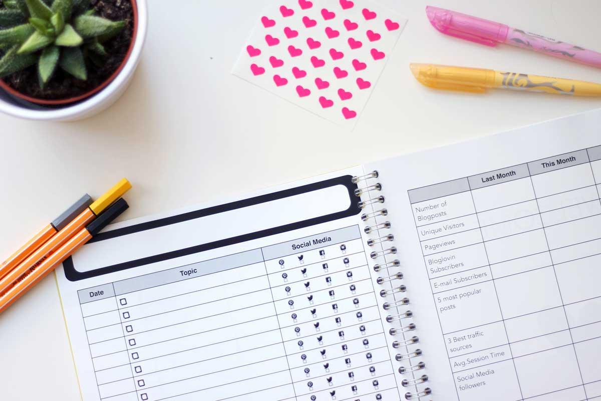 blogplanner pages, beter bloggen, meer bezoekers naar je blog, blogger werkboek, blogger workbook
