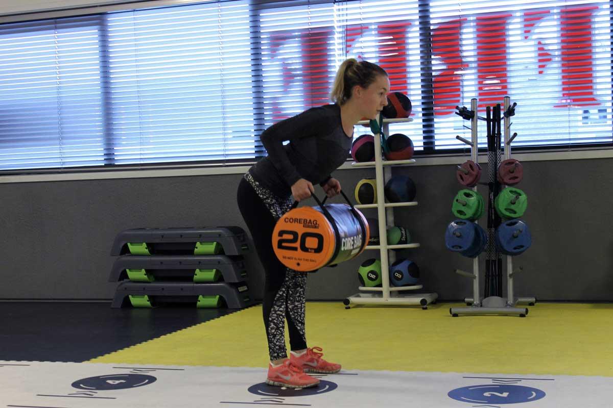 bent over row, fit for free, coretraining voor hardlopers, sneller worden met hardlopen