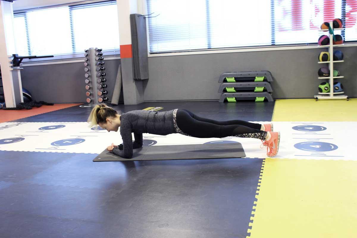 deadlift, fit for free, coretraining voor hardlopers, sneller worden met hardlopen, plank